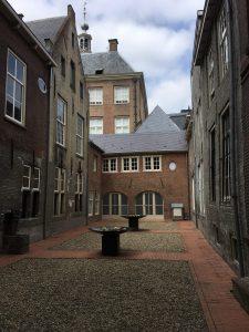 Bestuurscentrum Gemeente 's-Hertogenbosch, Achter het Stadhuis 5 -7